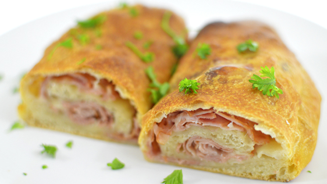 Ham & Cheese Roll Up - Easy - Rich Bitch Cooking