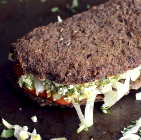 Raw Vegan Rye Bread with Apples + Flax - Easy - 5 Raw Vegan Recipes - Rich Bitch Cooking Blog