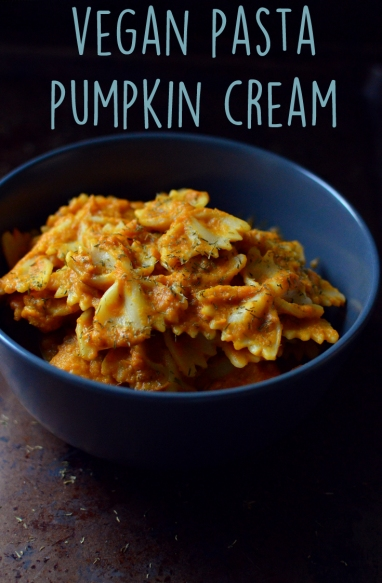 Vegan Pumpkin Cream Pasta - 9 Vegan Pasta Dishes - Dinner For One - College Meals - Rich Bitch Cooking Blog