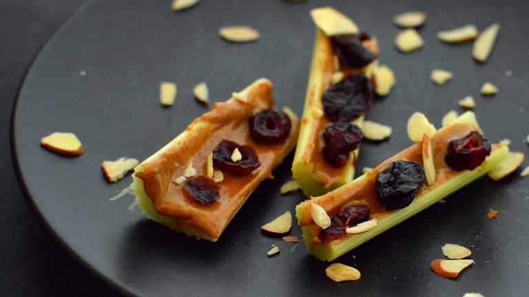 Vegan Ants On A Log - Celery + Almond Butter Snacks - 5 Vegan Whole Food Snacks - Healthy, Simple, College, Kid Snacks - Rich Bitch Cooking Blog
