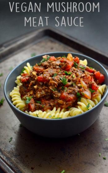 "Vegan Mushroom Meat Sauce - 3 Vegan Pasta & ""Meat"" Dishes - Rich Bitch Cooking Blog"
