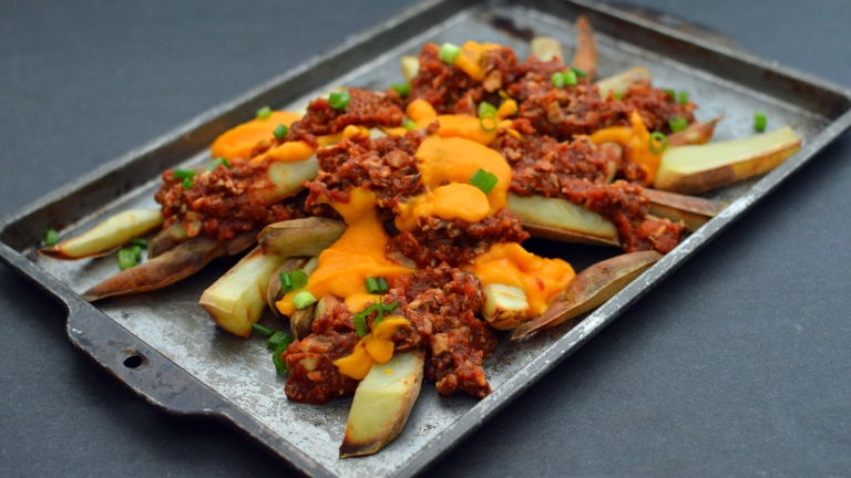 Vegan Chili Cheese Fries - 6 Vegan Gourmet Potato Cleanse Recipes (Starch Solution/HCLF) Fat Free, Gluten Free, Grain Free - Rich Bitch Cooking Blog